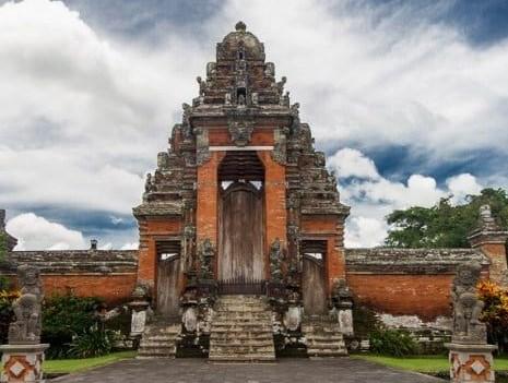 Kehidupan-Sosial-Budaya-Kerajaan-Bali